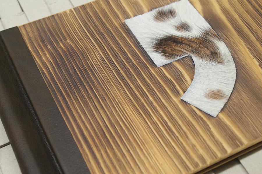 ClemmUp® mit Leinenrücken, handgeschöpftes, pflanzengefärbtes Papier aus Nepal mit Blindprägung